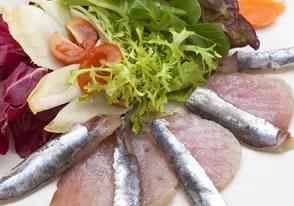 marinado de bonito y sardinas asador guetaria