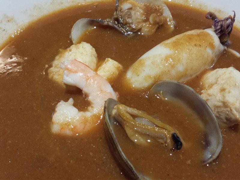 Sopa de pescados y mariscos del Asador Guetaria de Bilbao