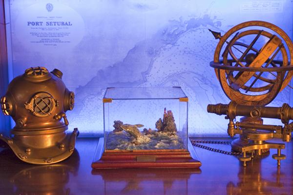 Antiguos objetos navales